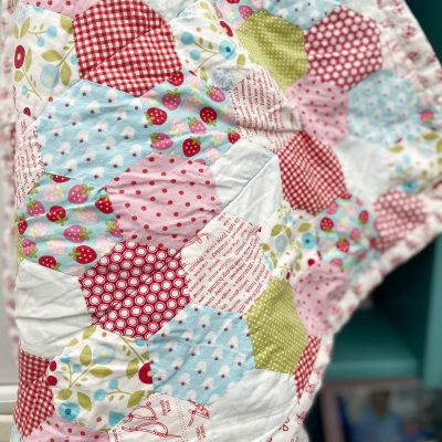 English paper pieced quilt